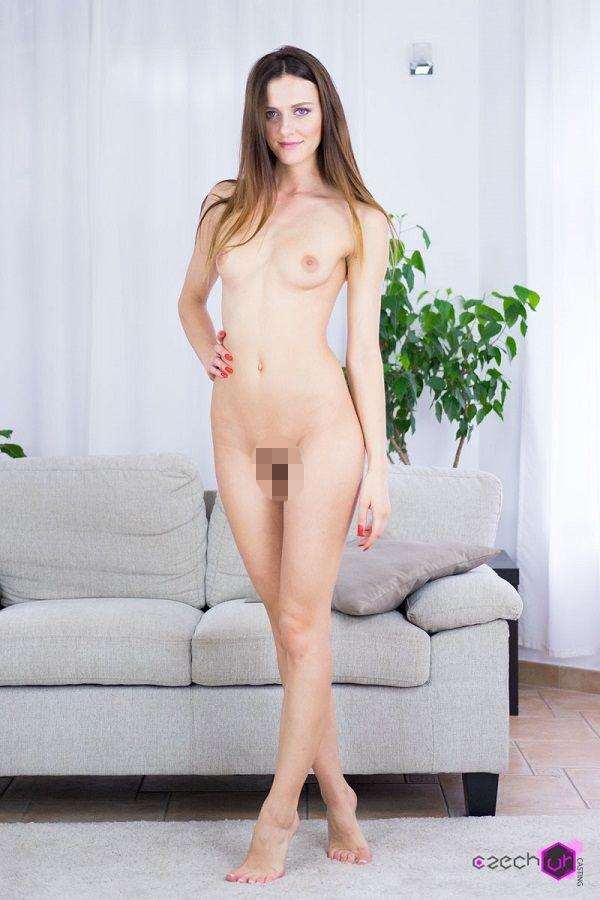 Czech VR Casting 087 - Beautiful Kira Zen
