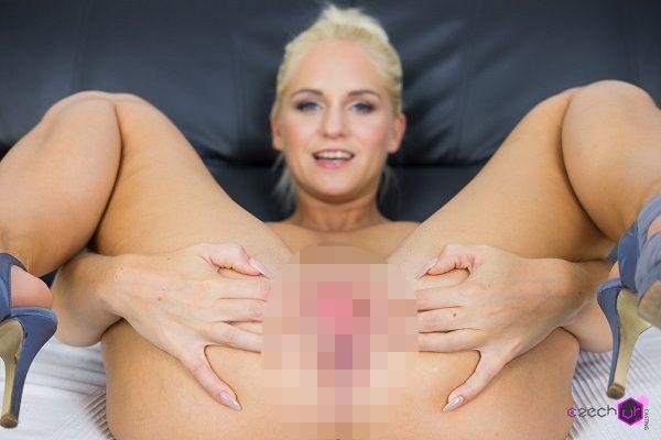 Czech VR Casting 094 - Italian Babe in Casting